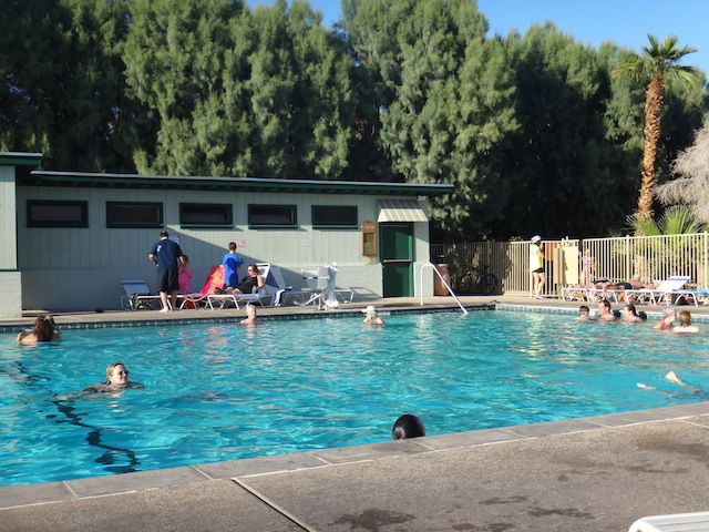 furnace-creek-pool